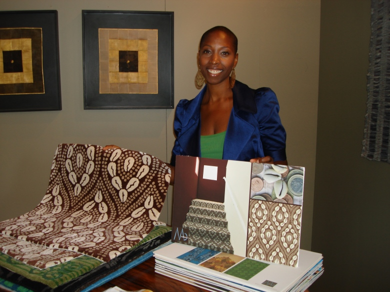 Malene showing her rug samples