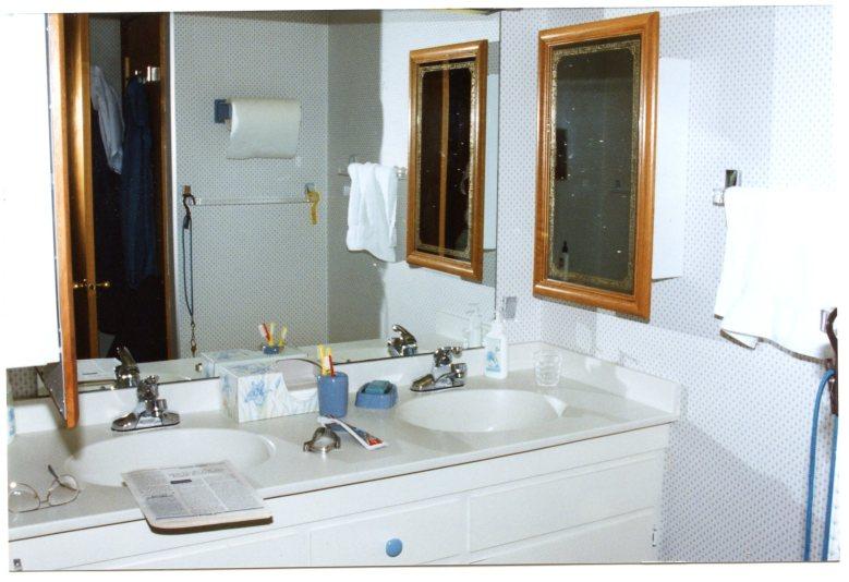 Hall Bath 1993